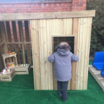 Wooden Role Play Shelter