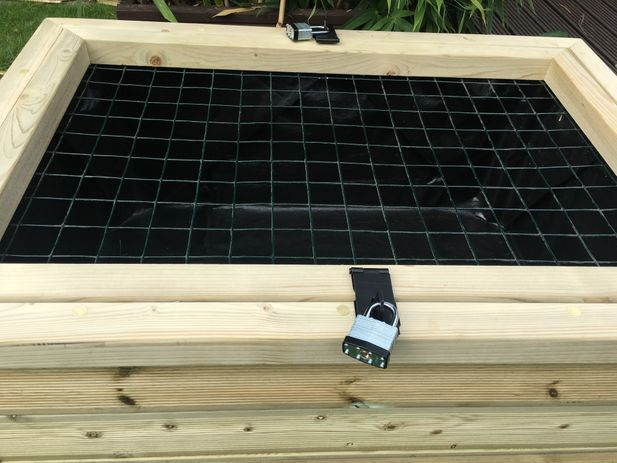 Wooden Pond with Lockable Lid