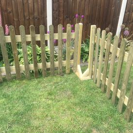 Wooden Play Divider