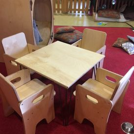 Infant Table